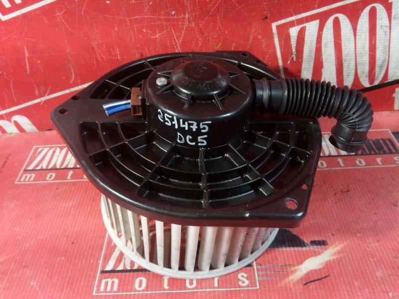 Вентилятор (мотор отопителя) Honda Integra DC5 K20A 2001