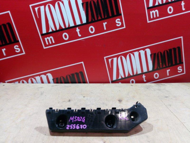 Клипса бампера Toyota Passo Sette M502G 3SZ-VE 2008 задняя правая