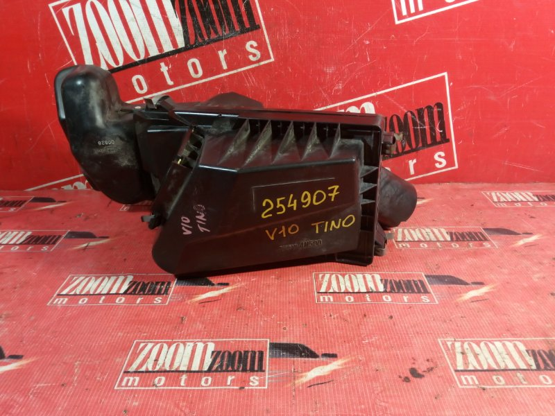 Корпус воздушного фильтра Nissan Tino V10 QG18DE 1998