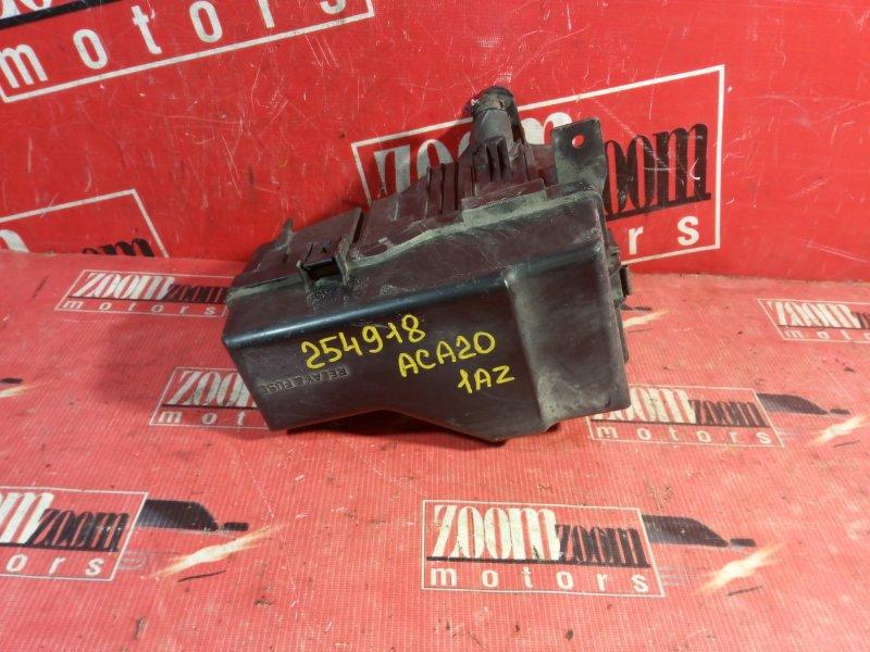 Блок реле и предохранителей Toyota Rav4 ACA20 1AZ-FSE 2000
