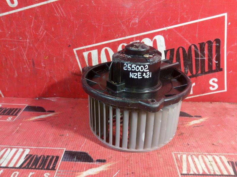 Вентилятор (мотор отопителя) Toyota Corolla Fielder NZE121 1NZ-FE `2001