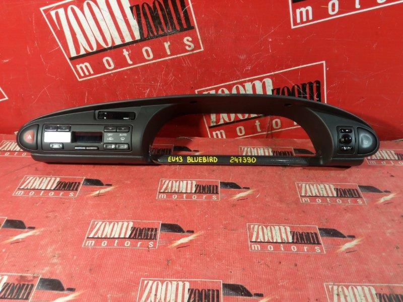 Консоль панели приборов Nissan Bluebird EU13 SR18DE 1995 передний