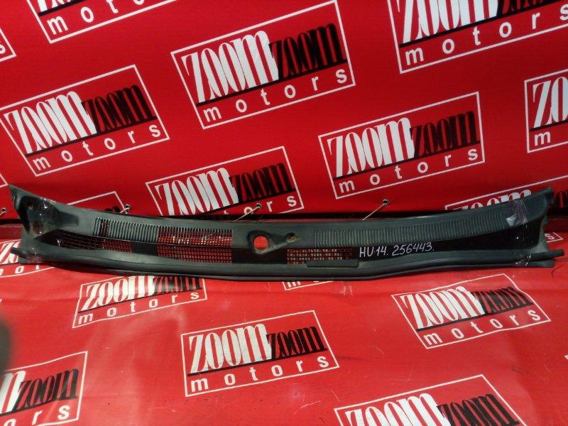 Решетка под лобовое стекло Nissan Bluebird EU14 QG18DE 1998