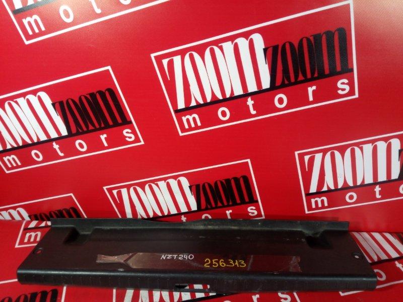 Накладка багажника Toyota Allion NZT240 1NZ-FE 2001 задняя