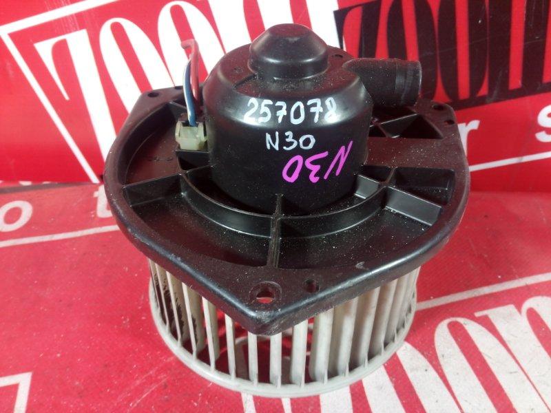 Вентилятор (мотор отопителя) Nissan R'nessa N30 SR20DE 1997