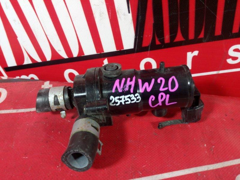 Помпа Toyota Prius NHW20 1NZ-FXE 2003