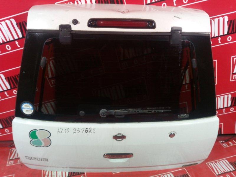 Дверь задняя багажника Nissan Cube AZ10 CGA3DE 1998 задняя белый перламутр
