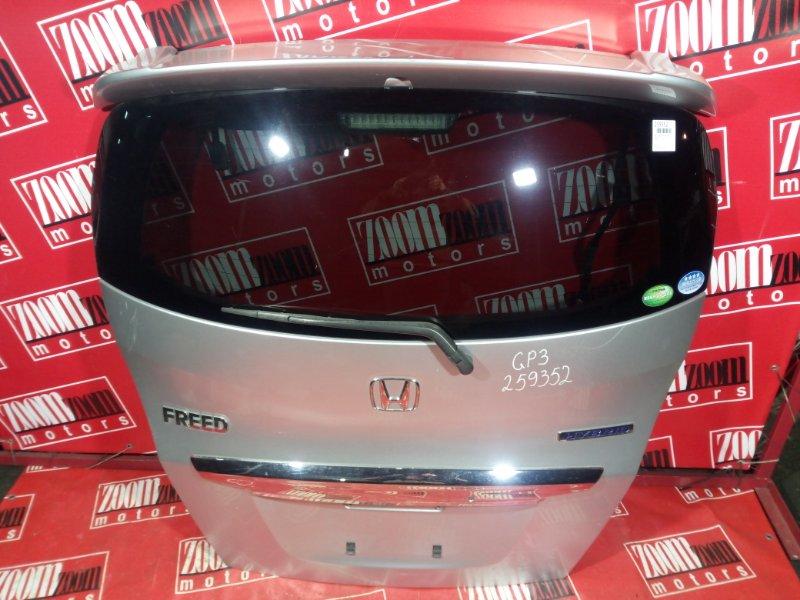 Дверь задняя багажника Honda Freed GP3 LEA 2011 задняя серебро