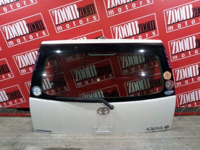 Дверь задняя багажника Toyota Opa ZCT10 1ZZ-FE 2000 задняя белый перламутр