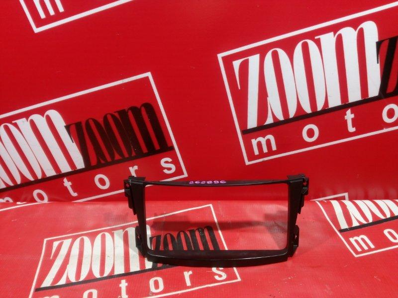 Рамка (консоль магнитофона) Toyota Caldina ZZT241 1ZZ-FE 2001 черный