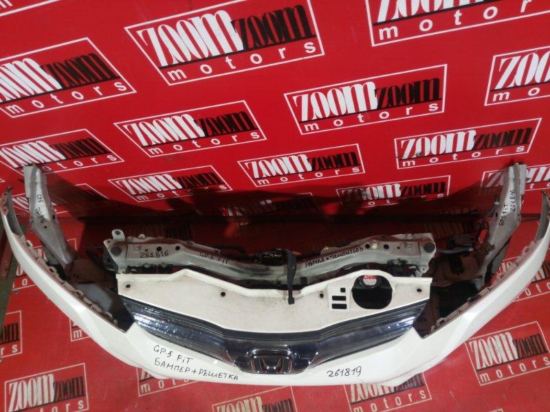 Рамка радиатора Honda Fit GP5 LEB 2010 белый