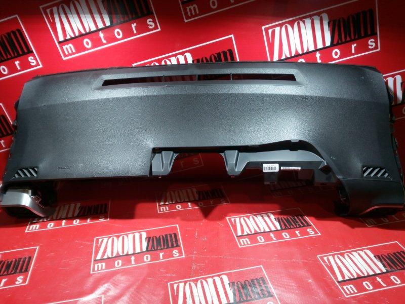 Панель передняя в салон (торпеда) Toyota Ractis NCP120 1NZ-FE 2010 черный