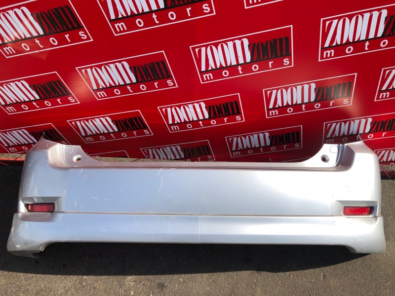 Бампер Toyota Corolla Rumion ZRE152N 2ZR-FE 2007 задний серебро