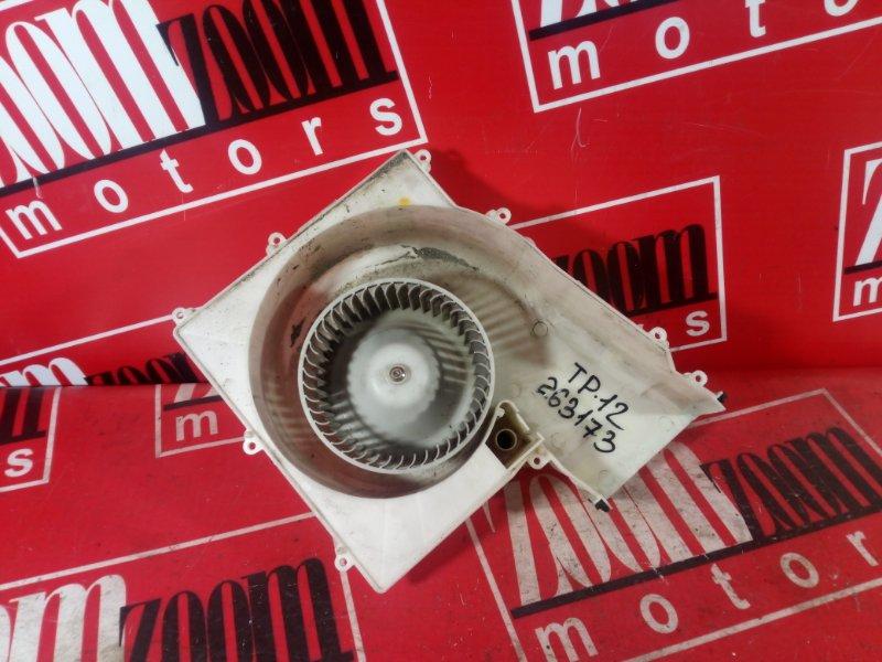 Вентилятор (мотор отопителя) Nissan Primera WTP12 QR20DE 2000