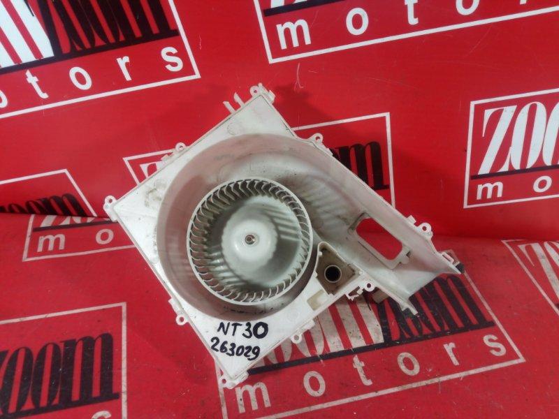Вентилятор (мотор отопителя) Nissan X-Trail NT30 QR20DE 2000