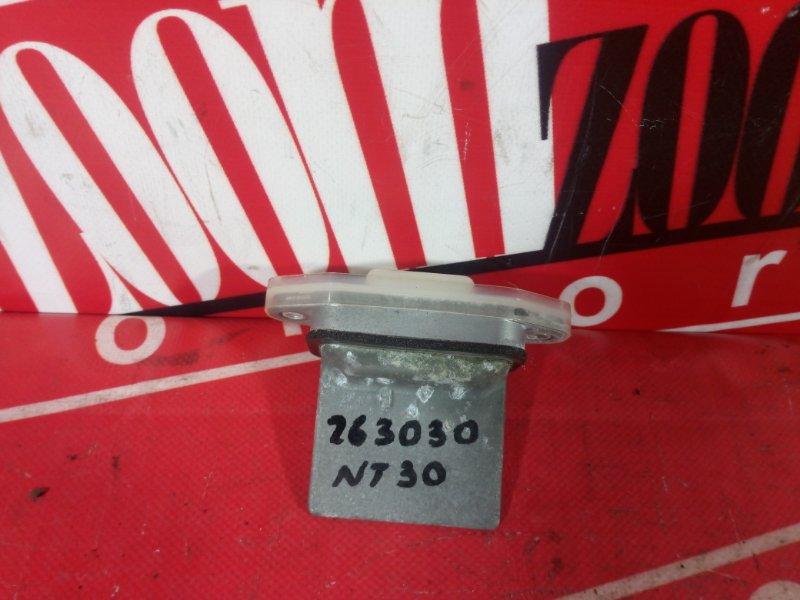 Реостат печки Nissan X-Trail NT30 QR20DE 2000