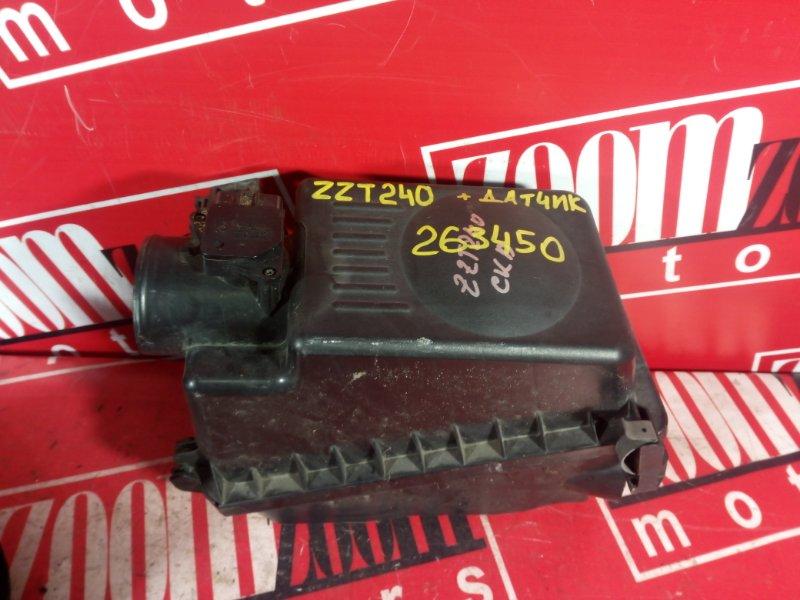 Корпус воздушного фильтра Toyota Premio ZZT240 1ZZ-FE 2004