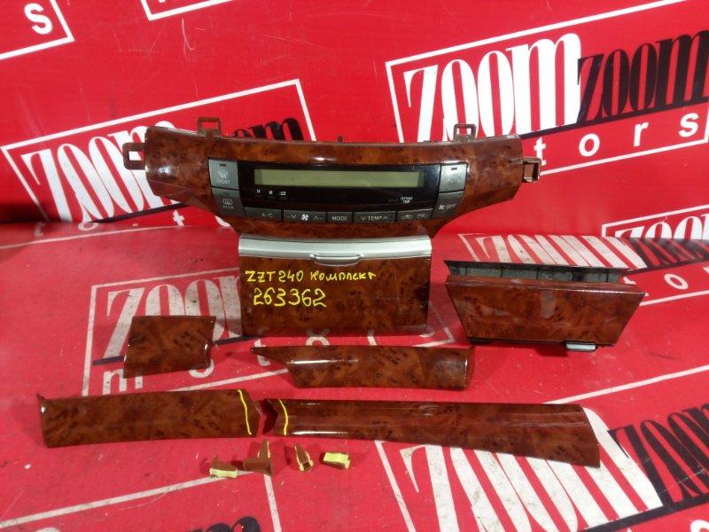 Блок управления отоплением и вентиляцией Toyota Premio ZZT240 1ZZ-FE `2001