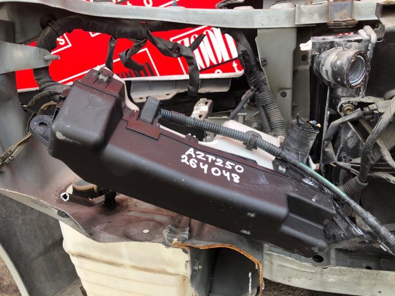 Блок реле и предохранителей Toyota Avensis AZT250 1AZ-FSE 2002