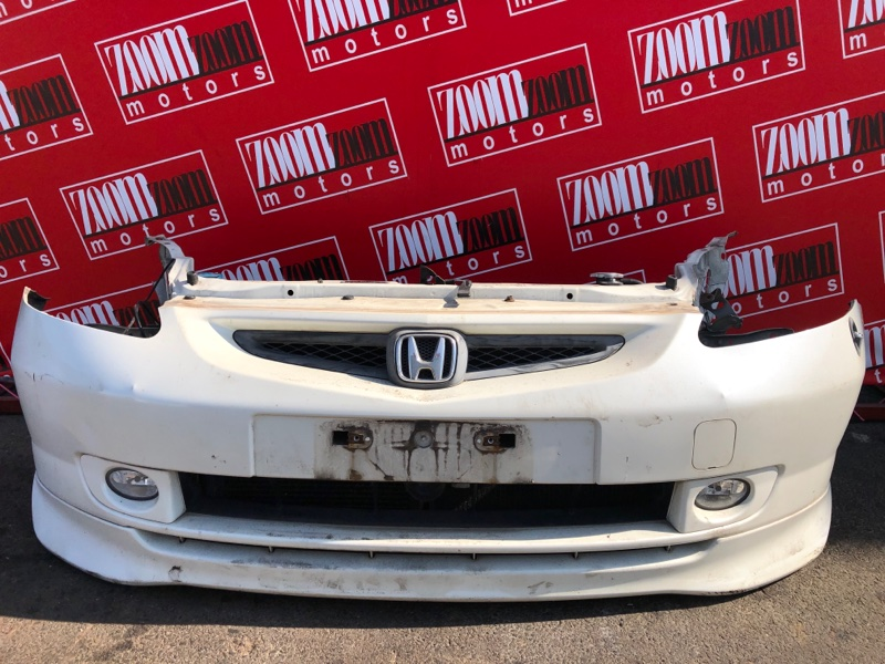 Бампер Honda Fit GD1 L13A 2001 передний белый перламутр