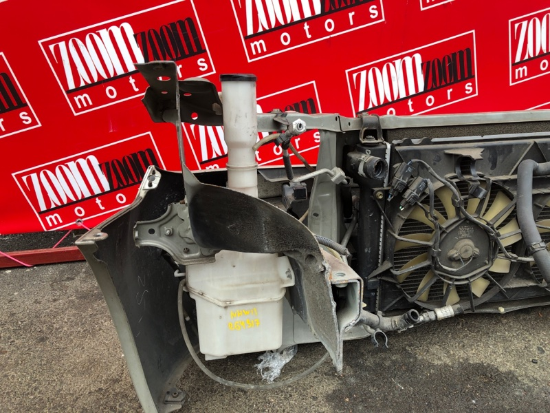 Бачок омывателя Toyota Prius NHW11 1NZ-FXE 2000