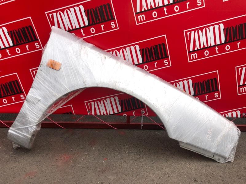 Крыло Nissan Avenir PW10 SR20DE 1990 переднее правое серебро
