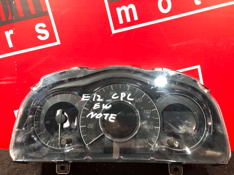 Комбинация приборов (спидометр) Nissan Note E12 HR12DDR 2012