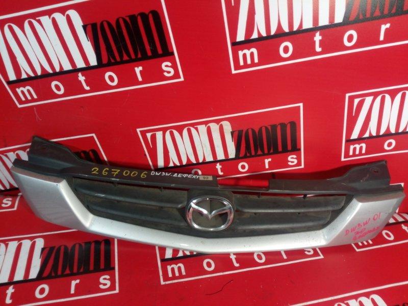 Решетка радиатора Mazda Demio DW3W 1999 серебро