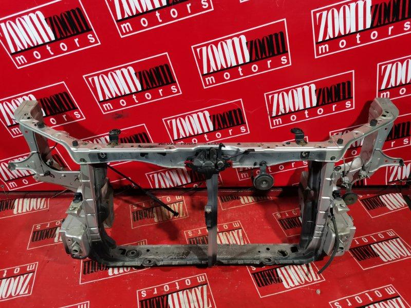 Рамка радиатора Toyota Kluger V ACU25 2AZ-FE 2001 передняя серебро
