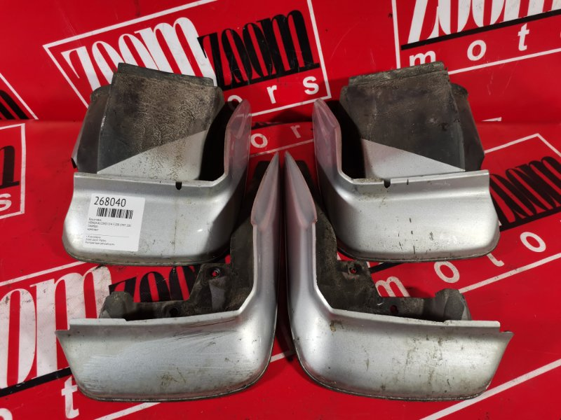 Брызговик Honda Accord CF4 F20B 1997 серебро