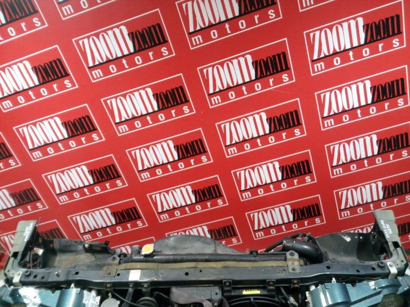 Рамка радиатора Nissan Gloria HY33 VQ30DET 1997 передняя зеленый