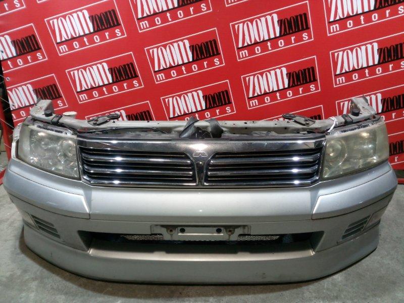 Бампер Mitsubishi Chariot Grandis N84W 4G64 1997 передний серебро