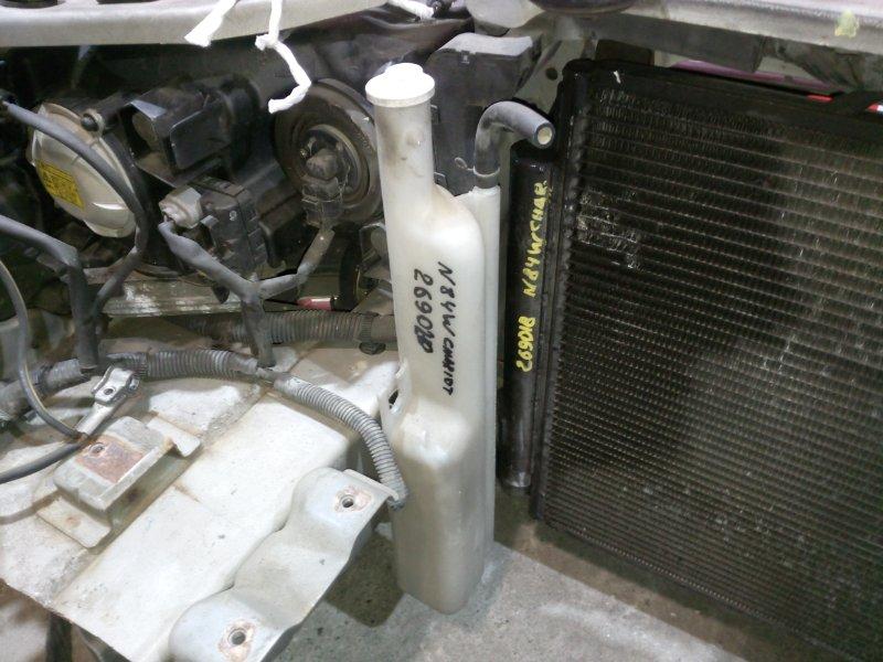Бачок расширительный Mitsubishi Chariot Grandis N84W 4G64 1997 передний