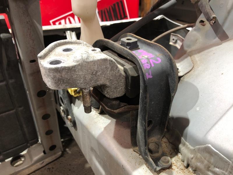 Подушка двигателя Toyota Platz NCP12 1NZ-FE 1999 правая