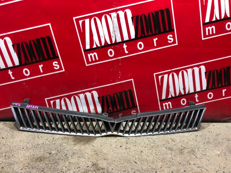 Решетка радиатора Toyota Platz NCP12 1NZ-FE 1999