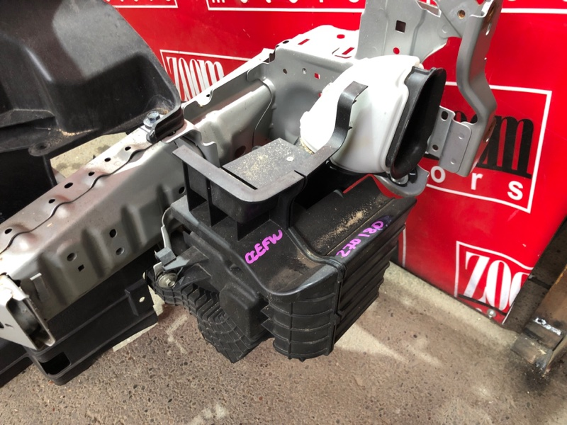 Резонатор воздушного фильтра Mazda Biante CCEFW LF-VD 2008