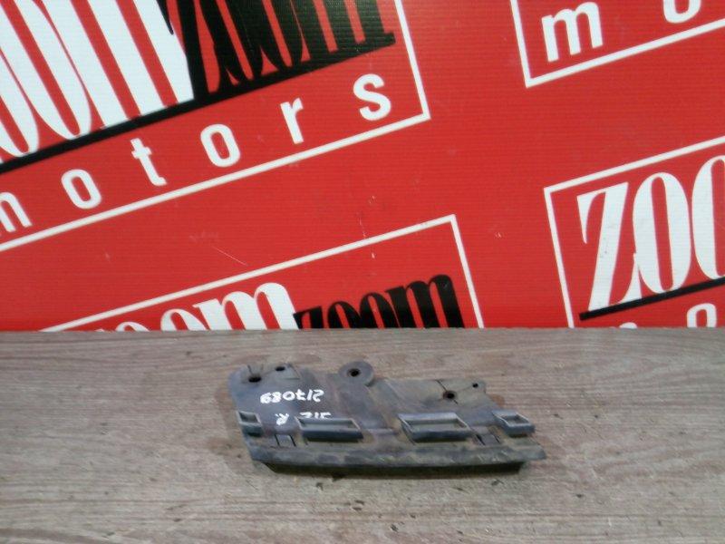 Клипса крепления фары Nissan Wingroad Y12 HR15DE 2008 передняя правая
