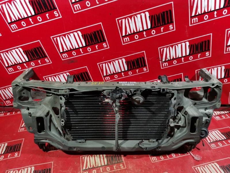 Рамка радиатора Toyota Camry SV30 3S-FE 1990 серый