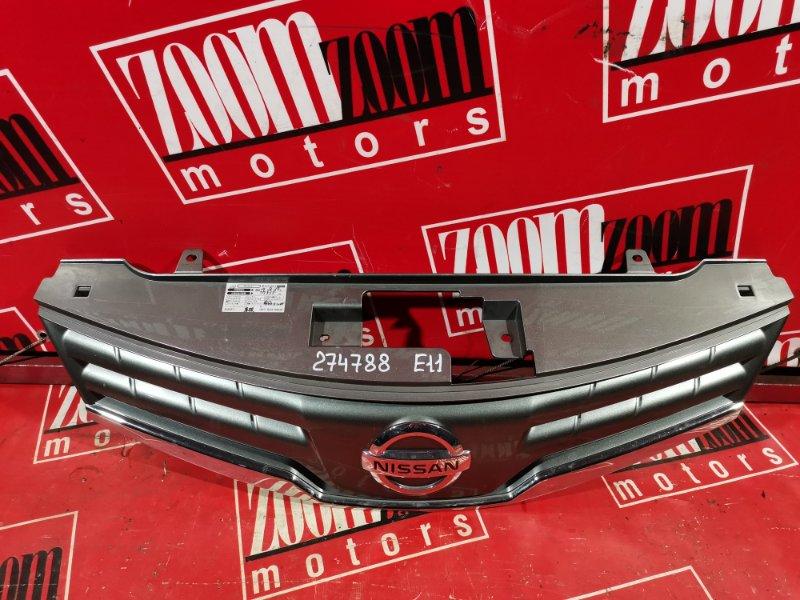 Решетка радиатора Nissan Note E11 HR15DE 2008 серый