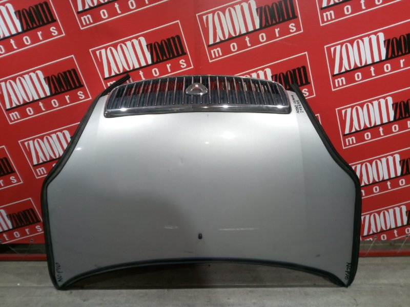 Капот Toyota Vitz Clavia NCP10 1NZ-FE 1999 передний серебро