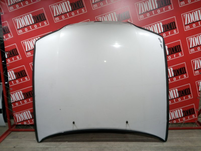 Капот Nissan Cefiro WPA32 VQ25DE 1997 передний белый перламутр