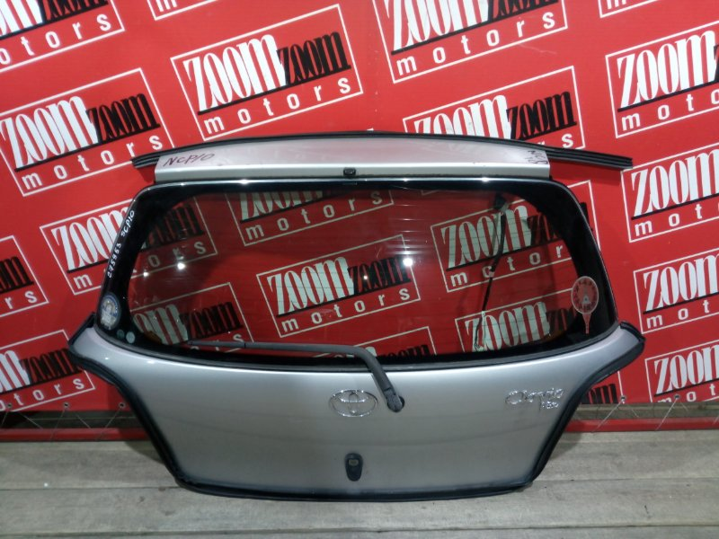 Дверь задняя багажника Toyota Vitz SCP10 1SZ-FE 1999 задняя серебро