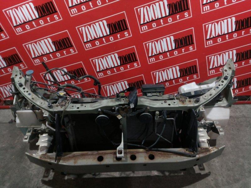 Рамка радиатора Toyota Avensis AZT250 1AZ-FSE 2003 передняя серебро