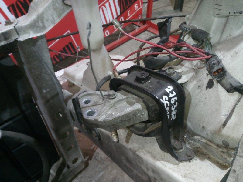 Подушка двигателя Toyota Vitz SCP10 1SZ-FE 1999 передняя правая