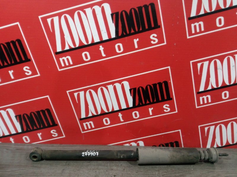 Амортизатор Toyota Platz SCP11 1SZ-FE 2000 задний