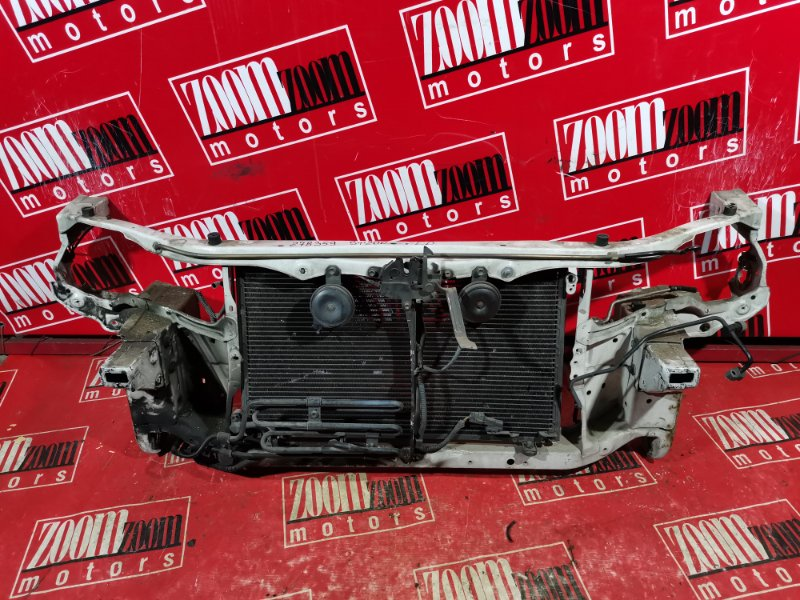 Рамка радиатора Toyota Carina Ed ST200 3S-FE 1993 передняя белый