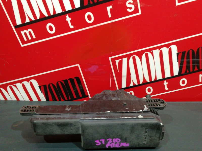 Блок реле и предохранителей Toyota Corona Premio ST210 3S-FSE 1998