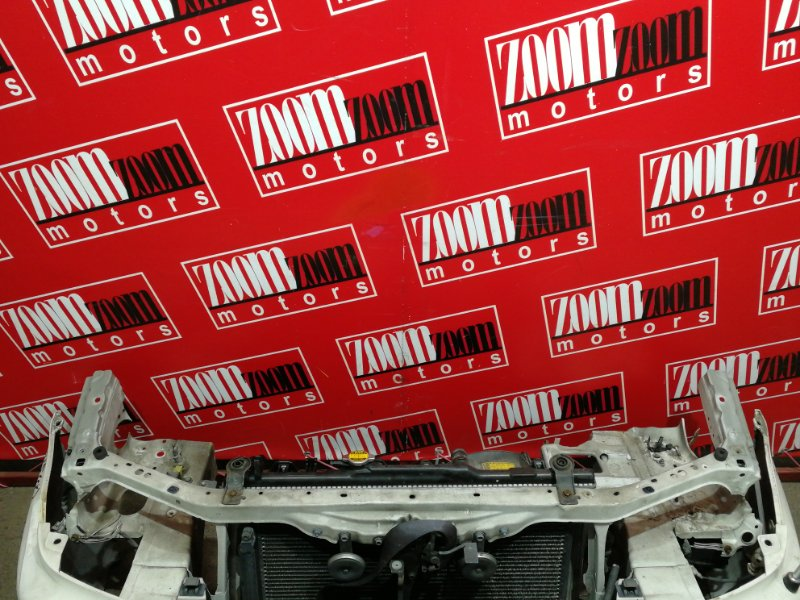 Рамка радиатора Toyota Caldina ST215G 3S-FE 2000 белый