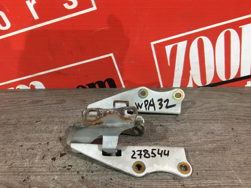 Кронштейн капота Nissan Cefiro A32 VQ20DE 1994