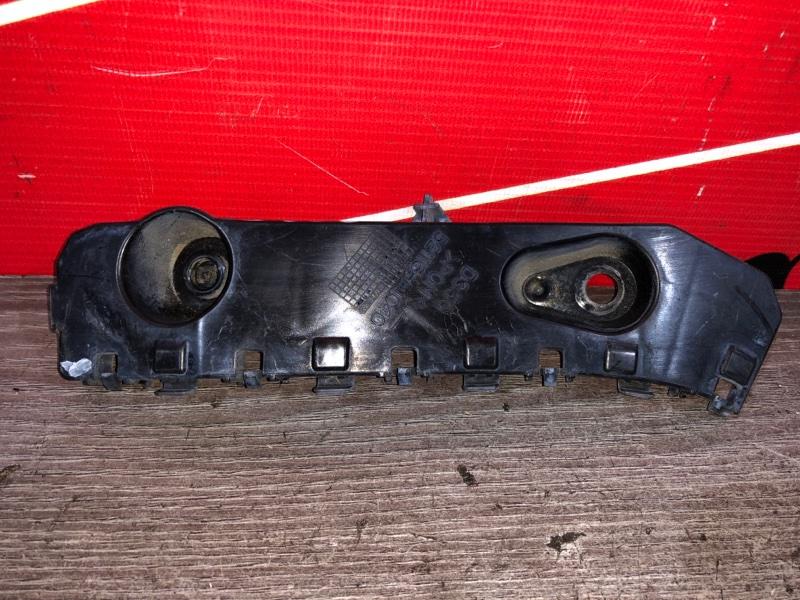 Клипса бампера Toyota Passo Sette M502E 3SZ-VE 2008 передняя левая